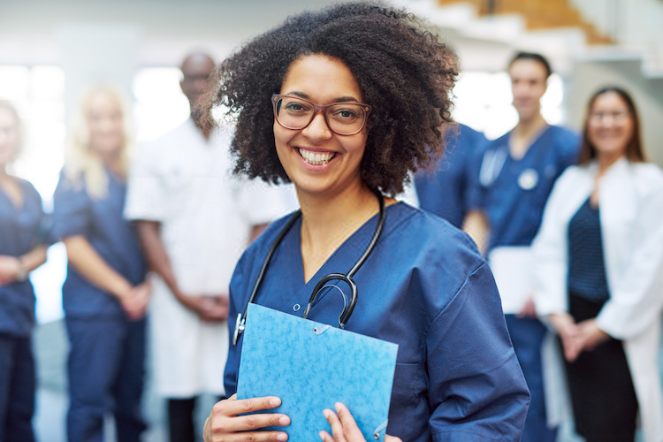 Who is a Health Information Technologist
